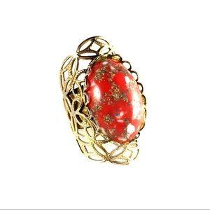 Jewelry - Vintage brass filigree statement ring